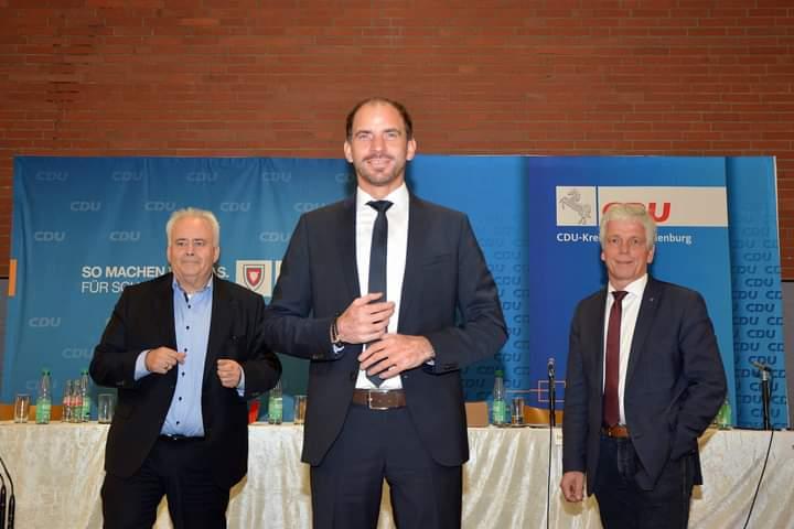 Maik Beermann erneut als Bundestagskandidat für den Wahlkreis Nienburg II / Schaumburg nominiert.